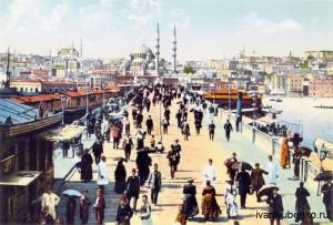 Галатский мост и Новая Мечеть со стороны Каракоя.