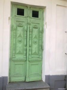 Дверь по Воронцовской улице